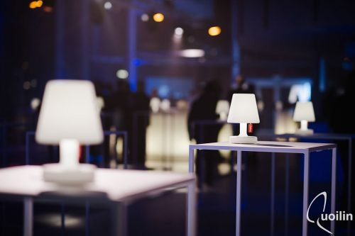 Location de lampes de tables LED