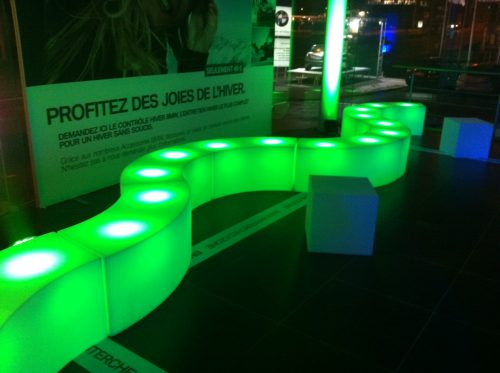 Salon snake LED en location