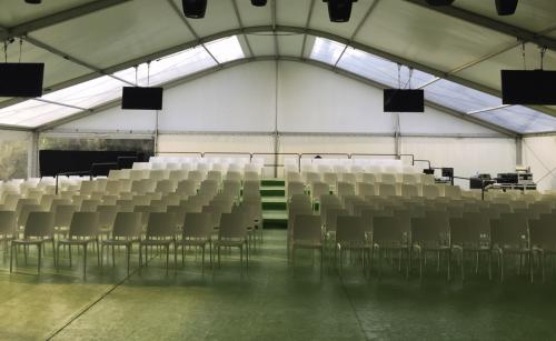 Chaise en location - conferences, banquets, mariage